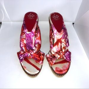 BCBG Generation Floral Wedge Sandals 10